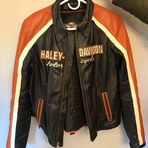 Orange Harley Davidson leather riding set